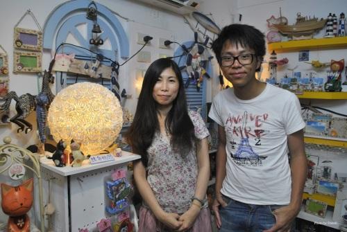 李姐 - 澎湖的貝殼手工店的老闆